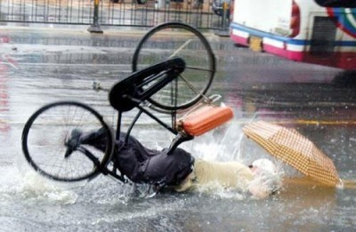 caduta-bici